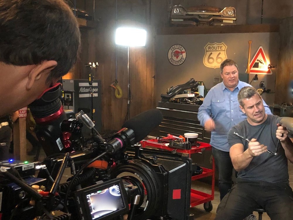 Mike Brewer TV | Photo Gallery | Mike Brewer and Ant Anstead recording Wheeler Dealers