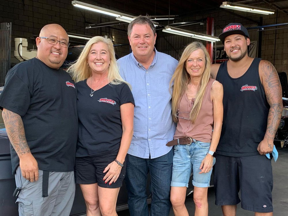 Mike Brewer TV | Photo Gallery | Mike Brewer and Michelle Brewer with Hoppos