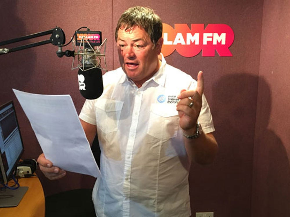 Mike Brewer TV | Photo Gallery | Mike Brewer Live on air